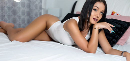 Lolla Alexis pic